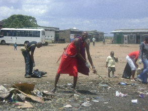 Clean up activity organized by Jabari Kenya